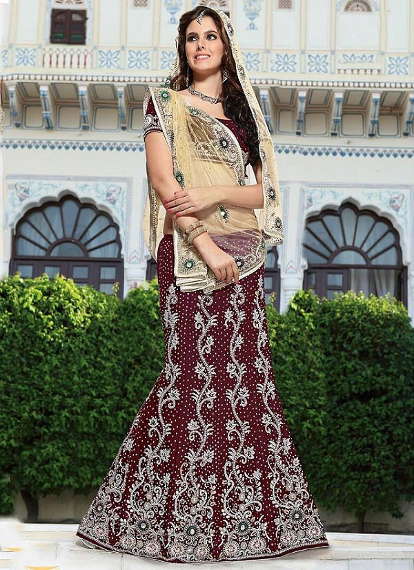 front pleated bridal lehenga dupatta draping styles , drape dupatta different ways