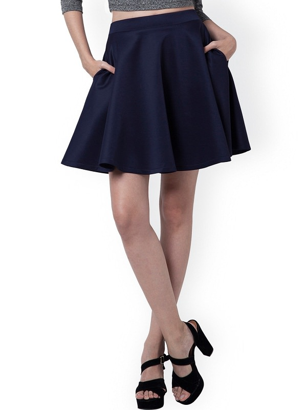skater-skirt, flared skirts, types of mini skirts, stylish mini skirts