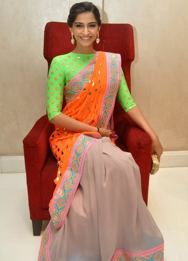 learn how to drape a saree to look slim and tall from Sonam kapoor