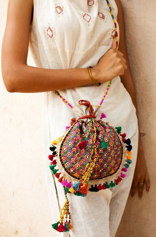 fashionable and trendy potli bags, potli purses and designer potli bags of all shapes, styles and sizes