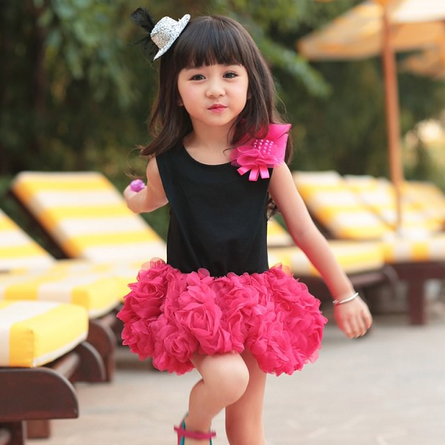 7c3a44cee 14 Latest Diwali trendy Outfits for your little Girl - LooksGud.in