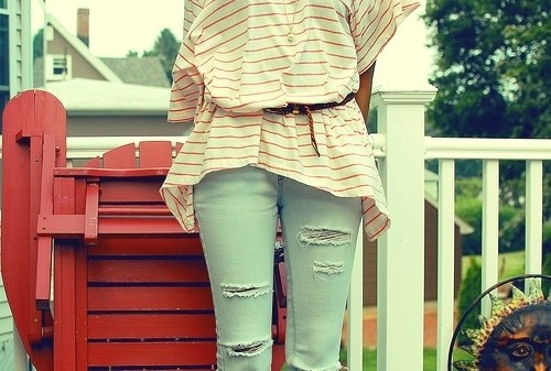 wear oversized tees as tunic, how to wear an oversized t-shirt with jeans