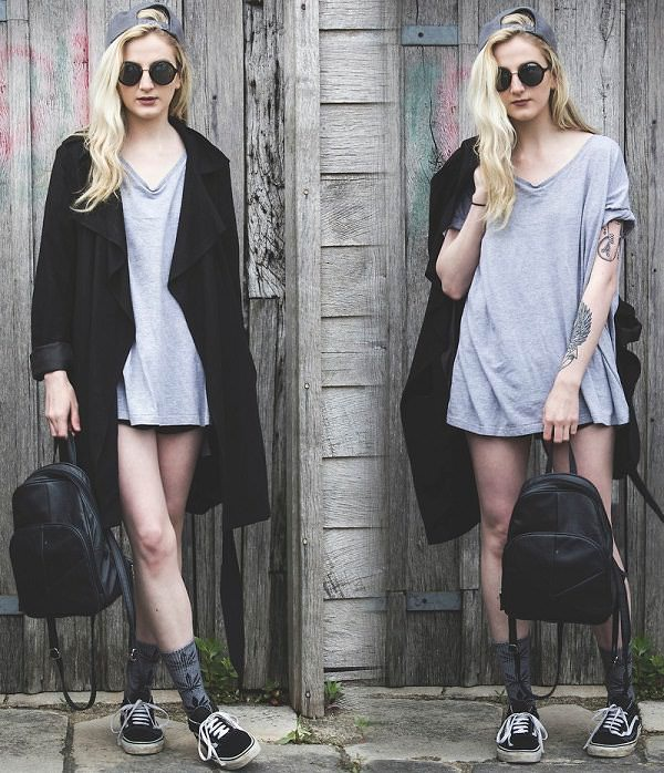 how to wear oversized t-shirt  with open cardigan