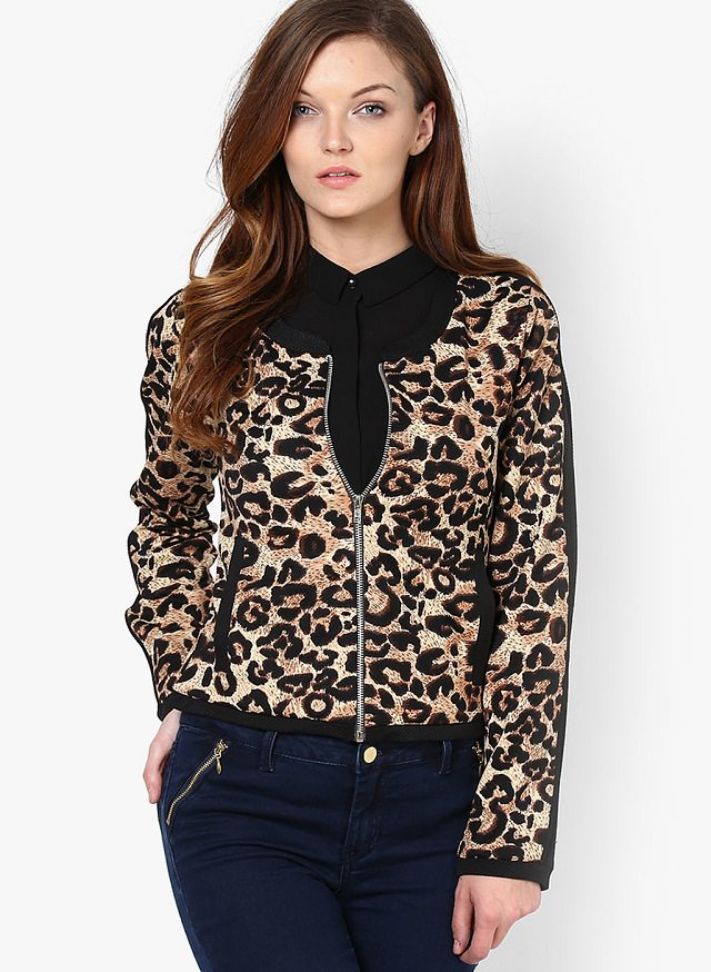 ae3a6645477 10 Different Types of Winter Jackets   Sweaters for Women - LooksGud.in