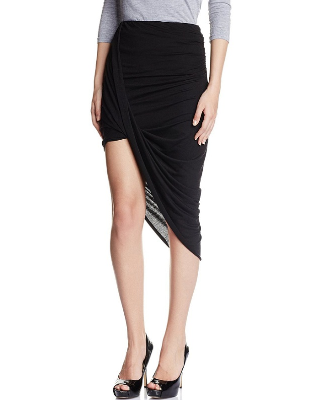 black wrap skirt is perfect for Hourglass body shape type Figure