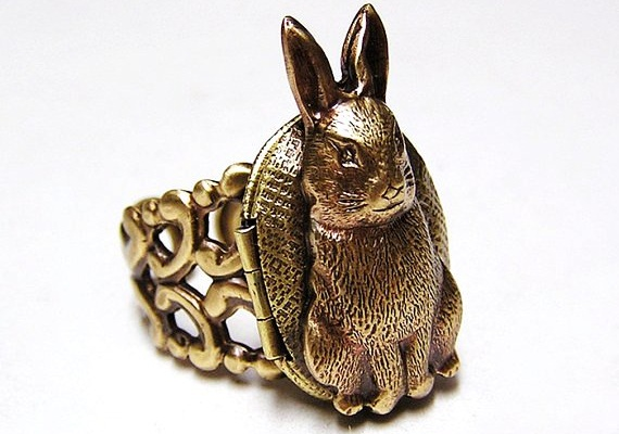cute locket rabit ring