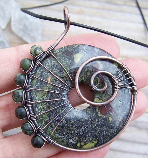 wired wrap stone pendant