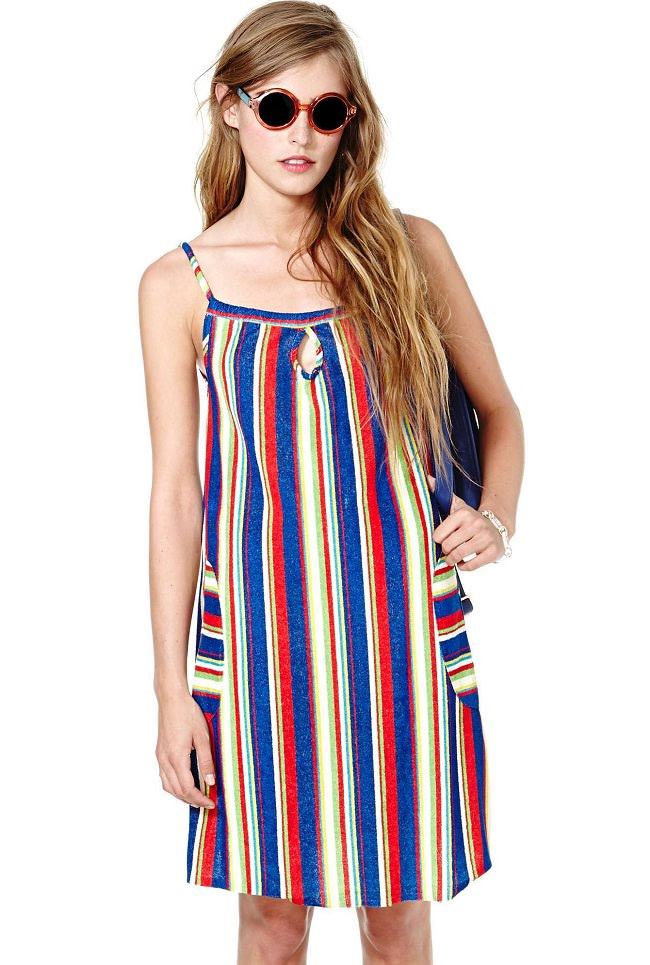 multicolor striped spaghetti dress, different types of dress straps