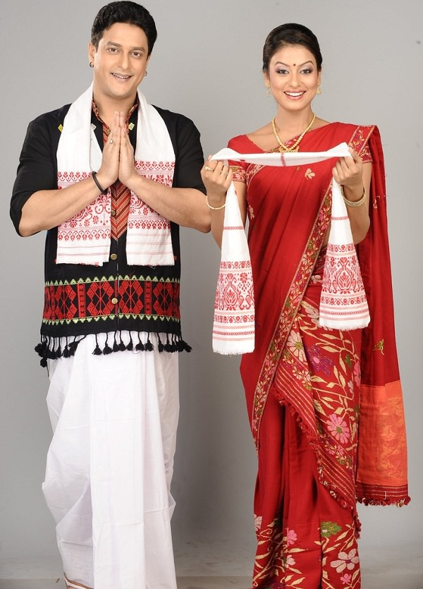Traditional Bollywood Costumes