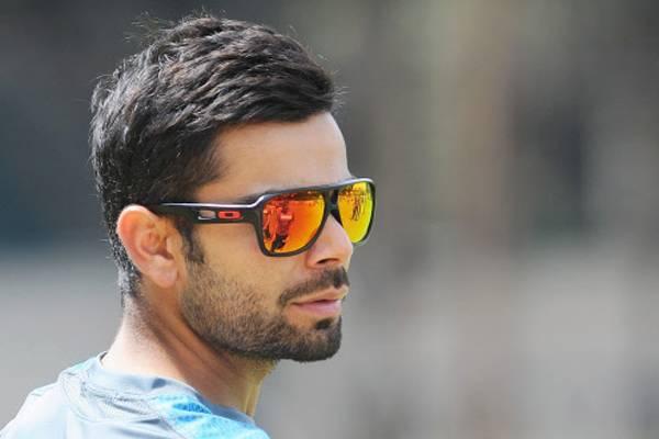 9058d32ec5629 12 Stunning Sunglasses Styles That Virat Kohli Loves - LooksGud.in