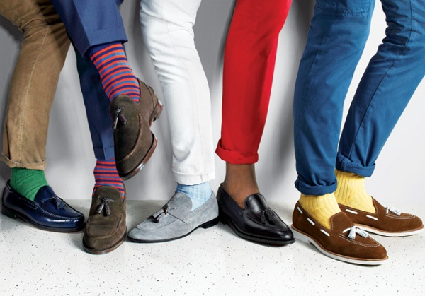 what color socks to wear with brown shoes and jeans