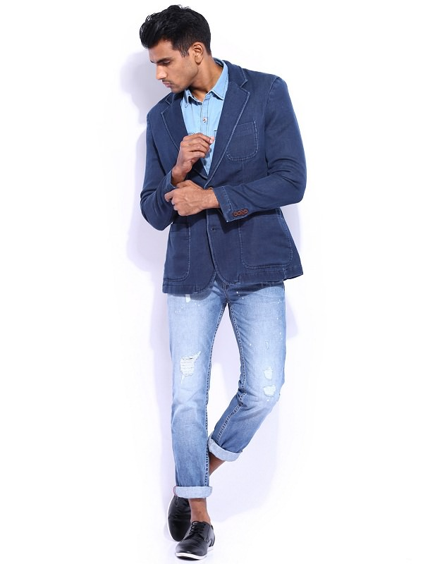 Tips To Get a Casual Blazer with Denim Look