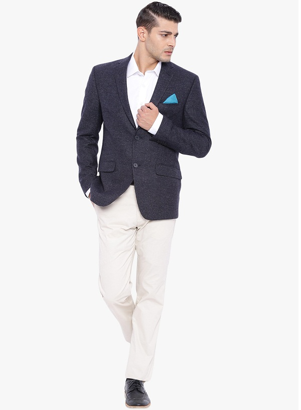 Tips To Get a Semi Formal Look With This Blazer