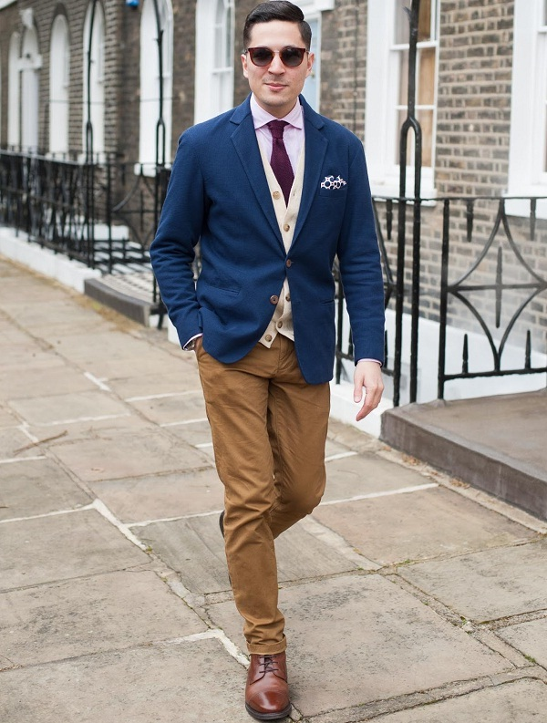 camel-color-chinos-and-blue-blazer