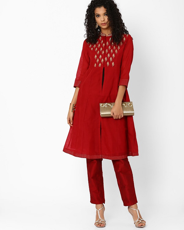 Want to style kurti in new way then try it with straight pants