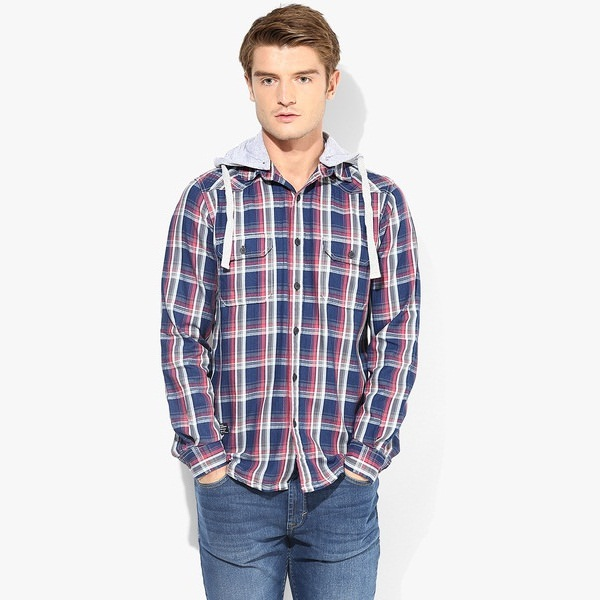 pepe jeans blue checks regular fit casual hooded shirt