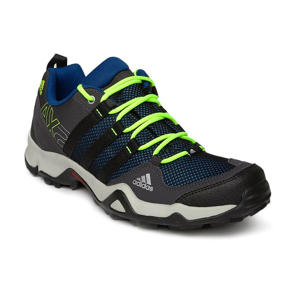 best shoes for hiking to add packing list
