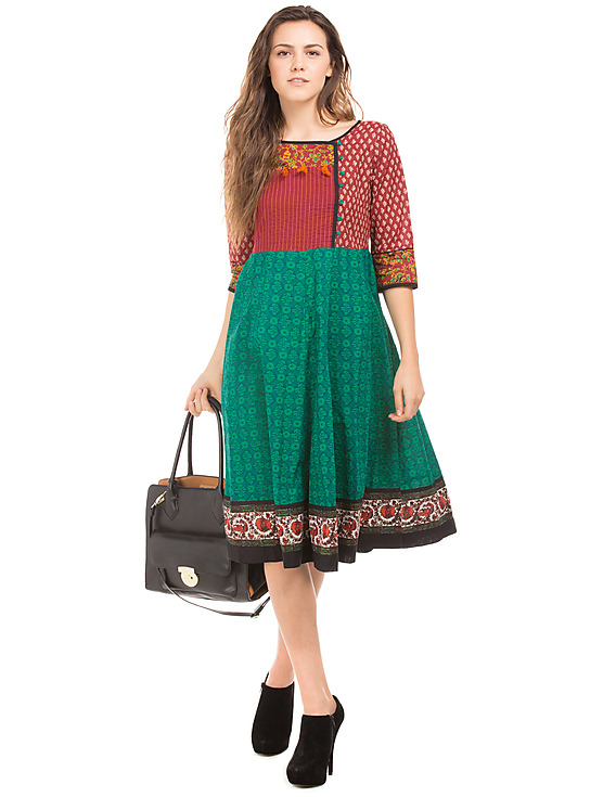 stylist way to wear kurti as western dress