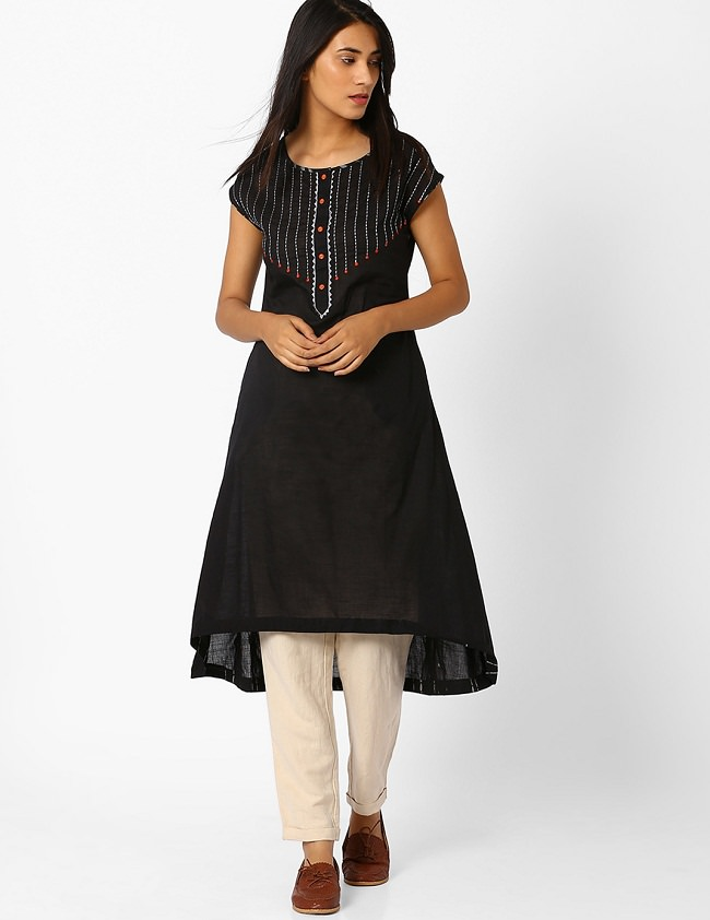style-in-high-low-kurti-with-trousers
