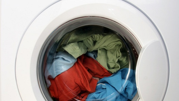 dont-leave-clean-clothes-in-machine-for-long