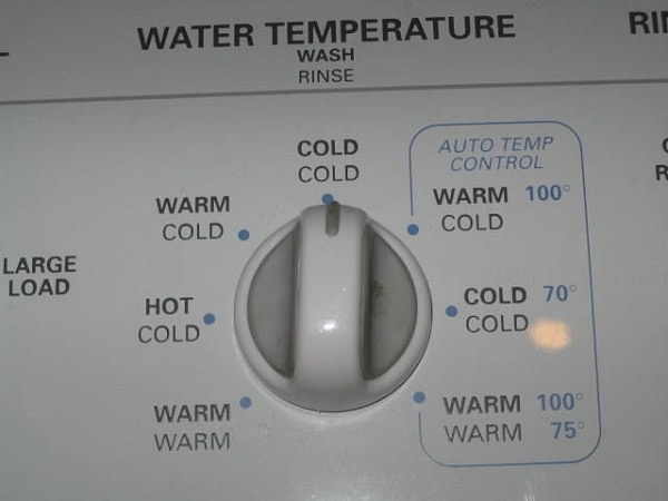 wash-winter-clothing-in-cold-water