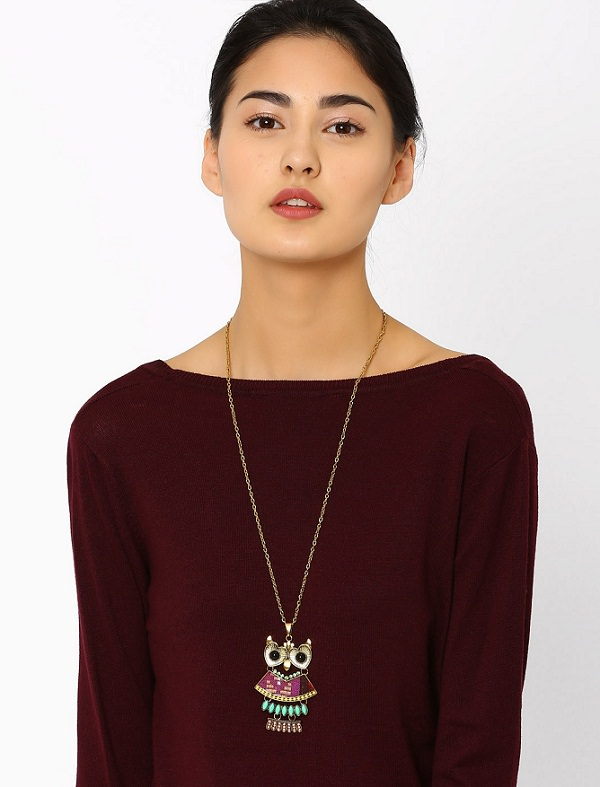 best and worst necklace for boat neck dress