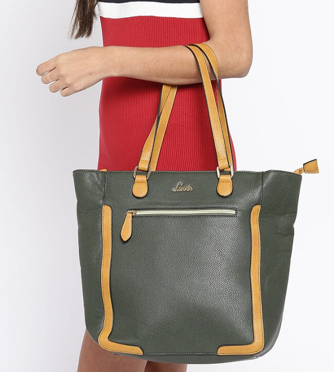 61155103 10 Best Brands for Handbags Every Woman Should Know Now - LooksGud.in