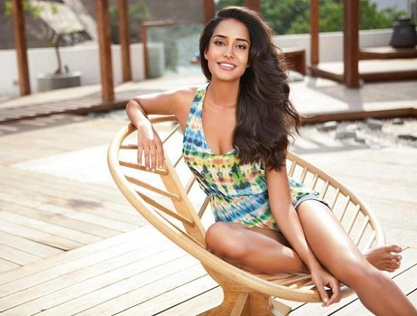 One-Piece Swimsuit Styles, how to wear a onesie