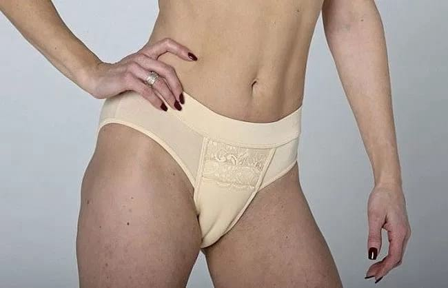 weird fashion trend of camel toe knickers