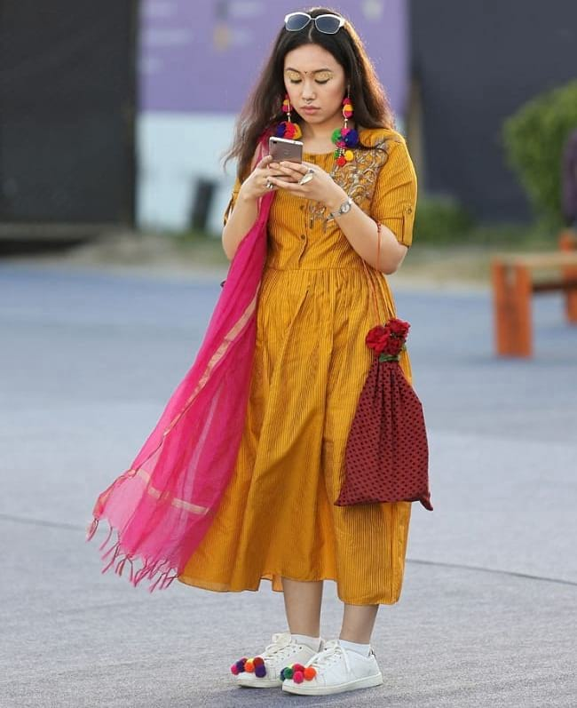 create the fusion like fashion pro by pairing kurti dupatta and sneakers