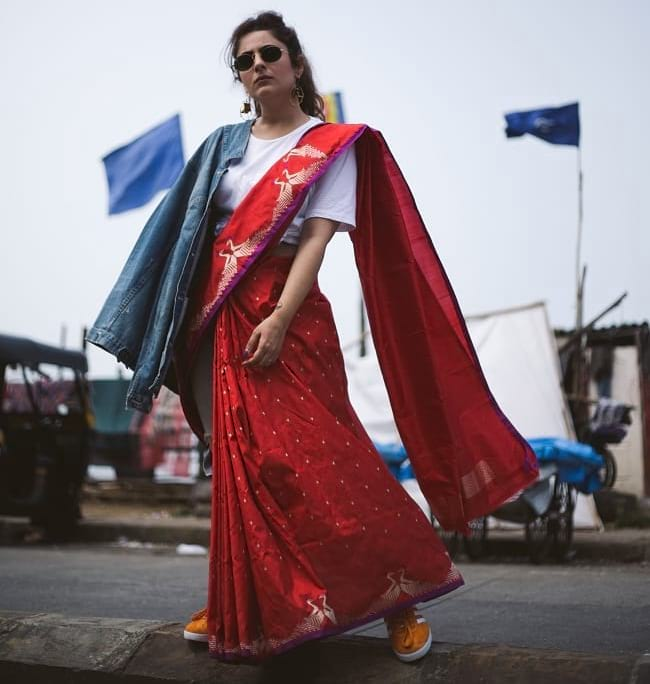 create the fusion like fashion pro by pairing saree with denim and sneakers