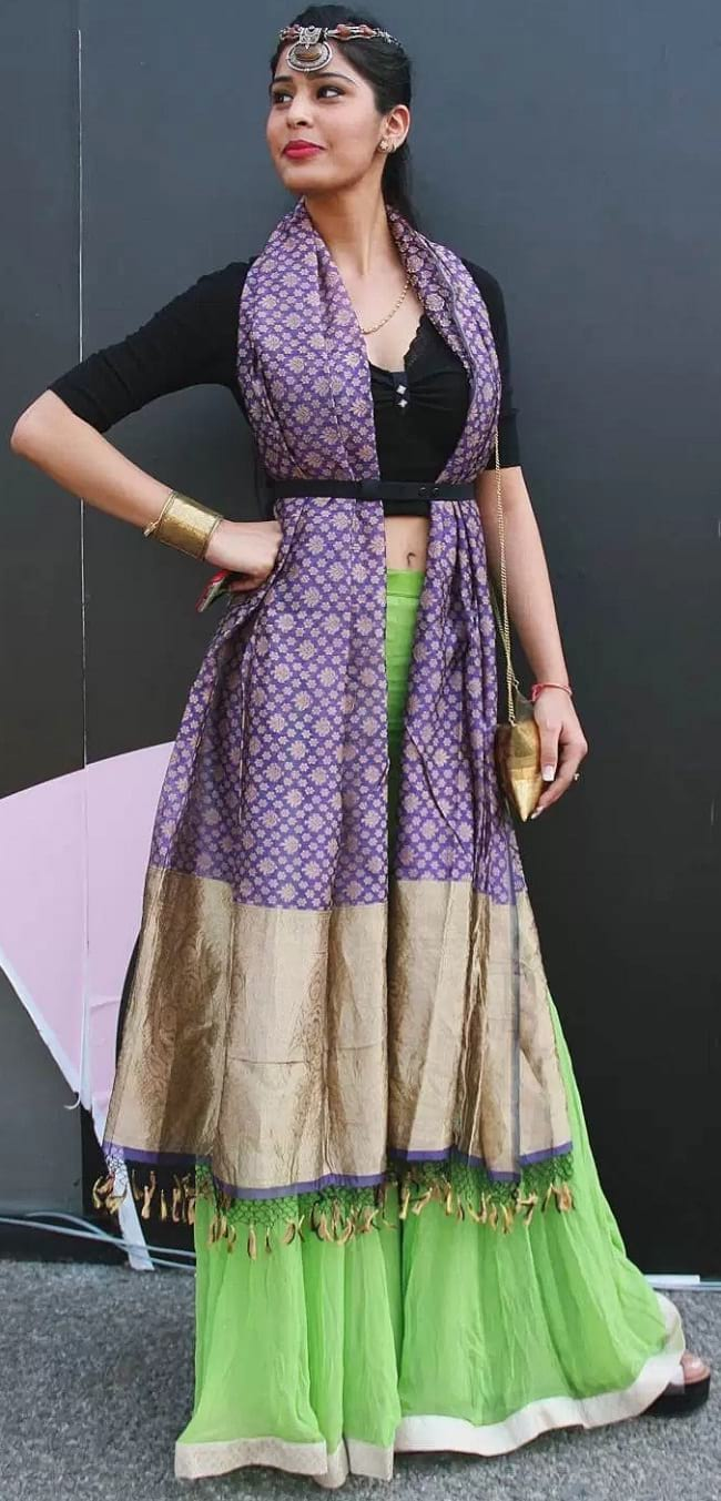 create the fusion like fashion pro by pairing sharara with crop top, dupatta and belt