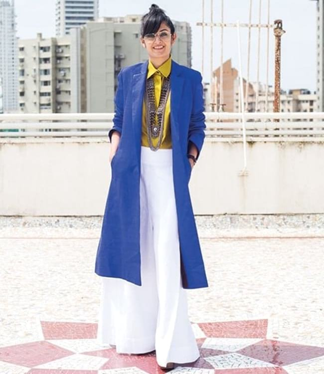 create the fusion like fashion pro by pairing shirt with palazzo and longline blazer
