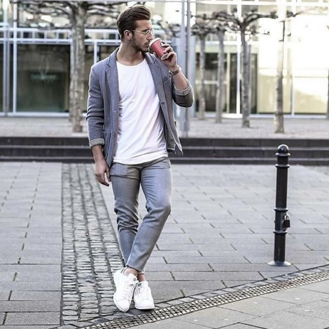 style guide for men's white t-shirt, men's business casual fashion