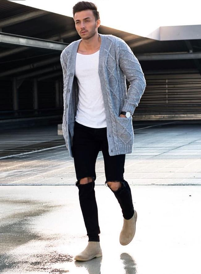 how to wear white tees with sweater, men's casual style fashion photo