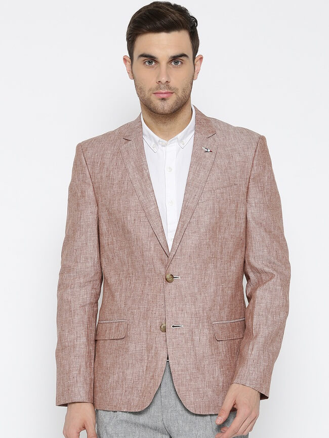 4f98aba0005 Be the epitome of class and masculinity owning the blazers by arrow. Made  with finished design always