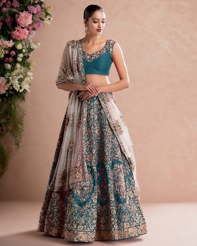 Best Designer Marriage Lehenga Online