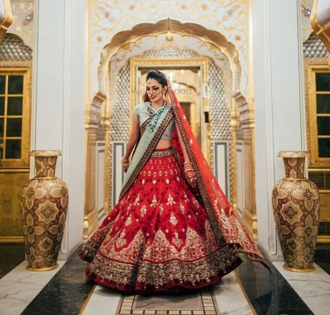 Heavy Embroidered Bridal Lehengas Looks