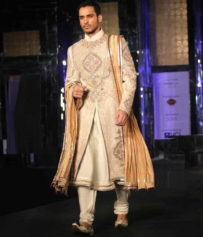 New Style Wedding Sherwani Designs for Indian Groom