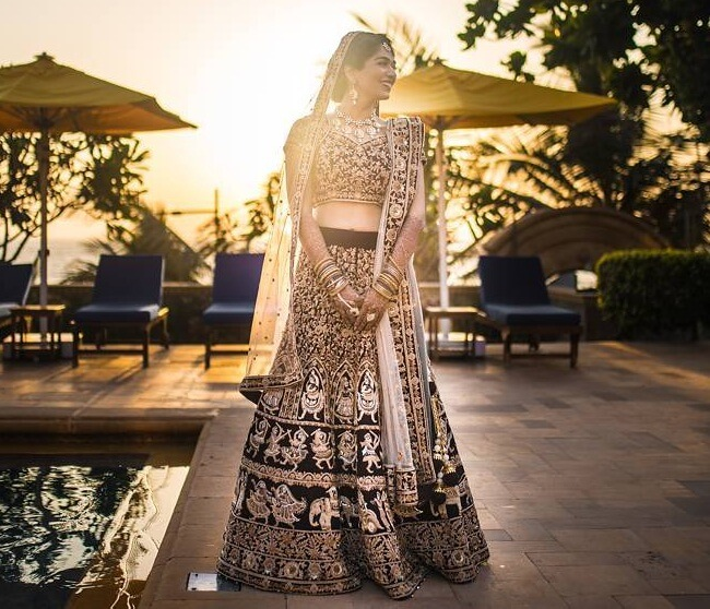 lehenga outdoor photoshoot
