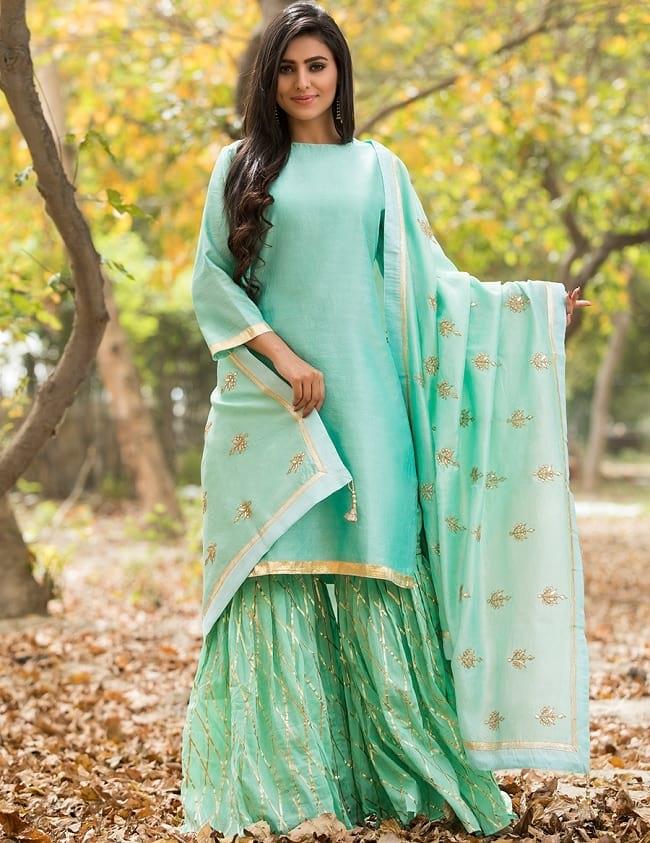plain salwar suit with heavy dupatta
