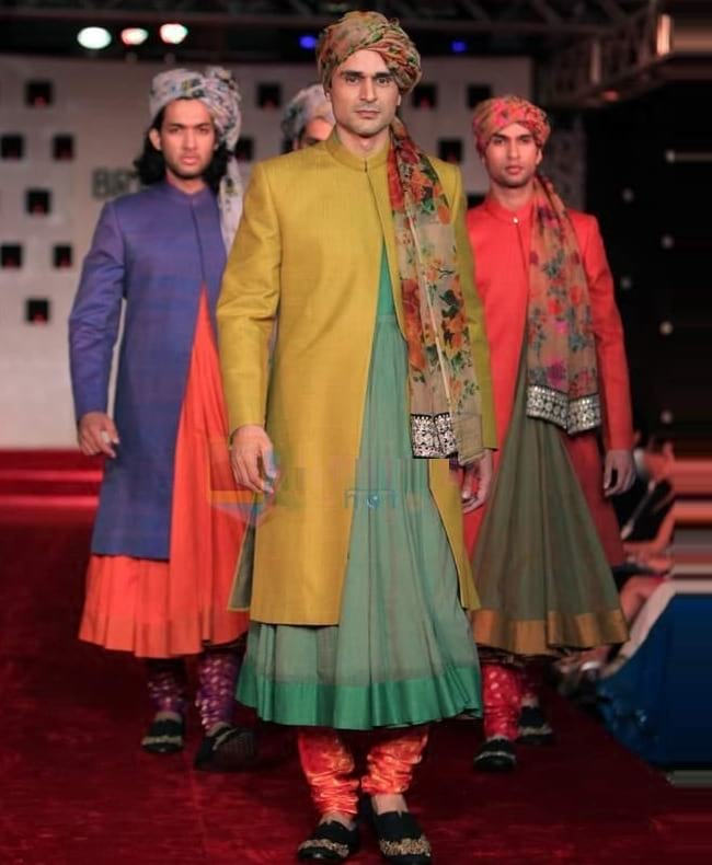 Best Colour Combination for Groom Sherwani