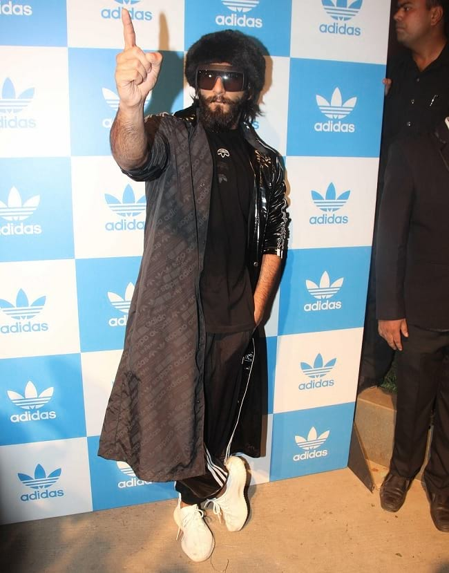 teach new idea for fancy clothes from ranveer singh