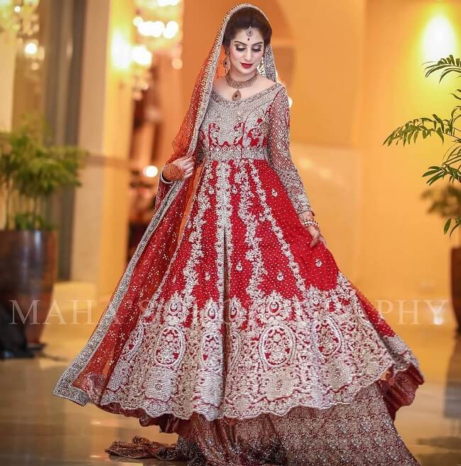 latest pakistani lehenga designs 2017
