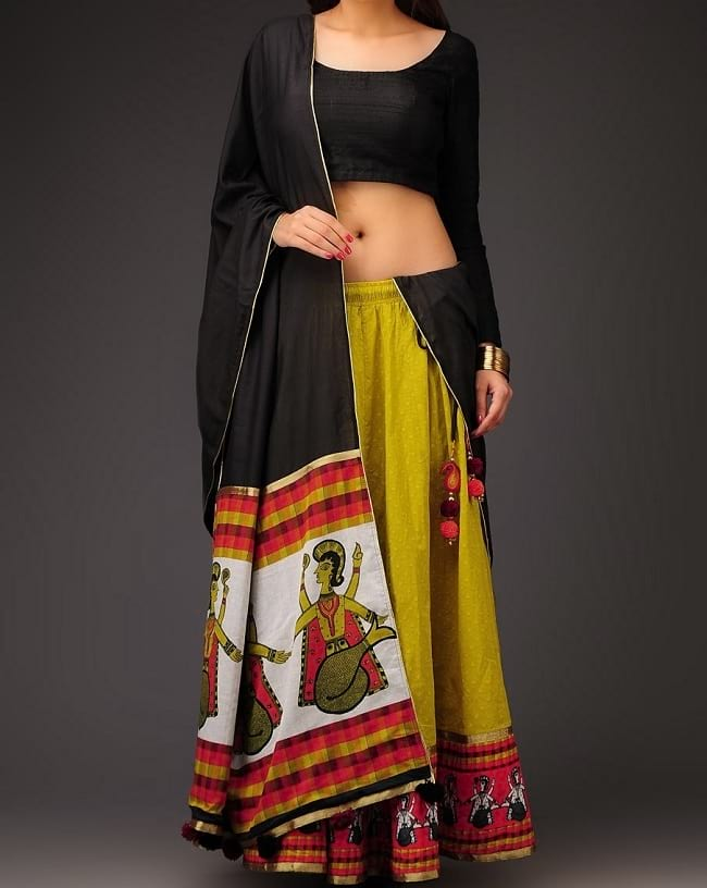 traditional dandiya choli designs