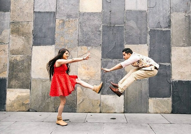 quirky pre wedding photo ideas for bride and groom