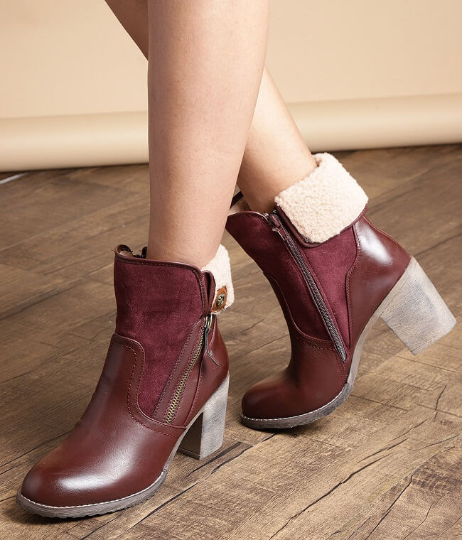 boots for women's online India