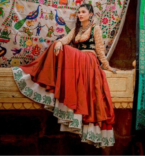 traditional Gujarati chaniya choli online