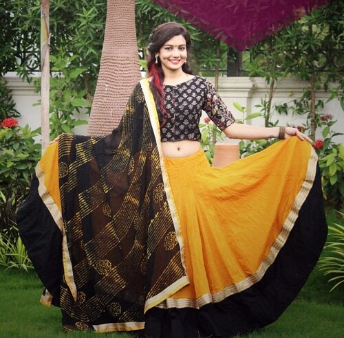 Ghagra Choli designs for Navratri festival