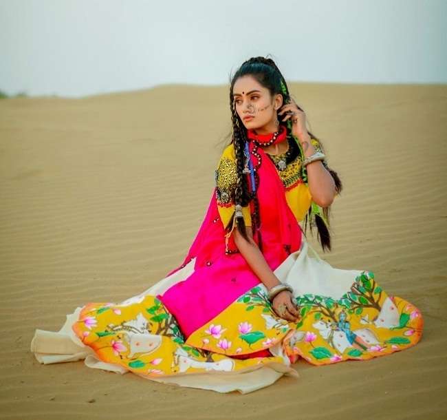 online chaniya choli design with different color combination